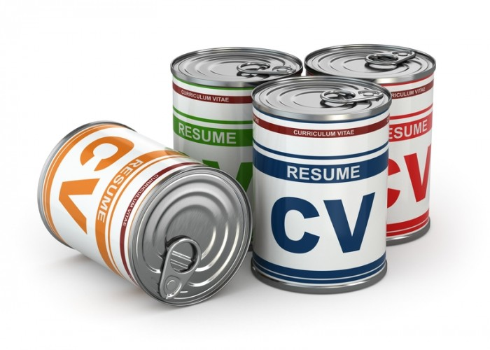 7 Tips for Keeping Track of Resume Details