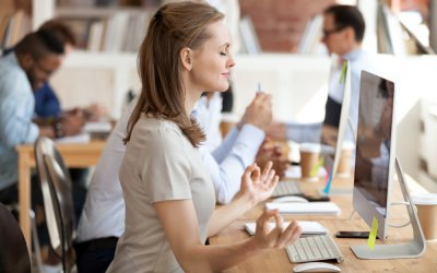Desk Exercises to Keep Your Heart Healthy While You Work